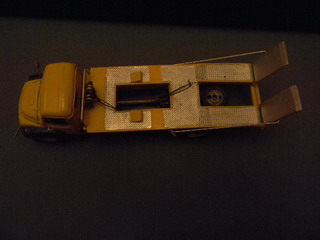 Ouverture des cartons de stockage....Nostalgie Dscn0140
