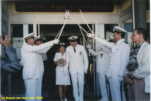 Les traditions dans la Marine] Mariage en tenue , Page 3