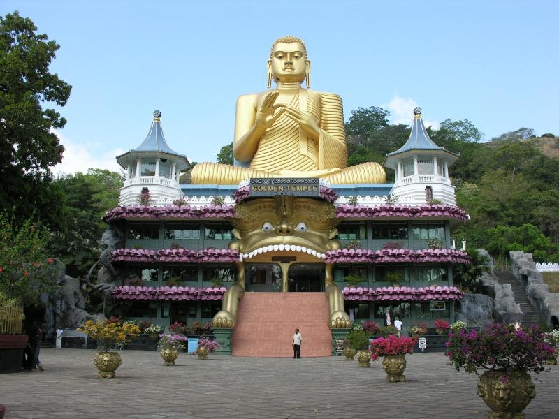 Les statues de Bouddha découvertes dans Google Earth - Page 7 38951610