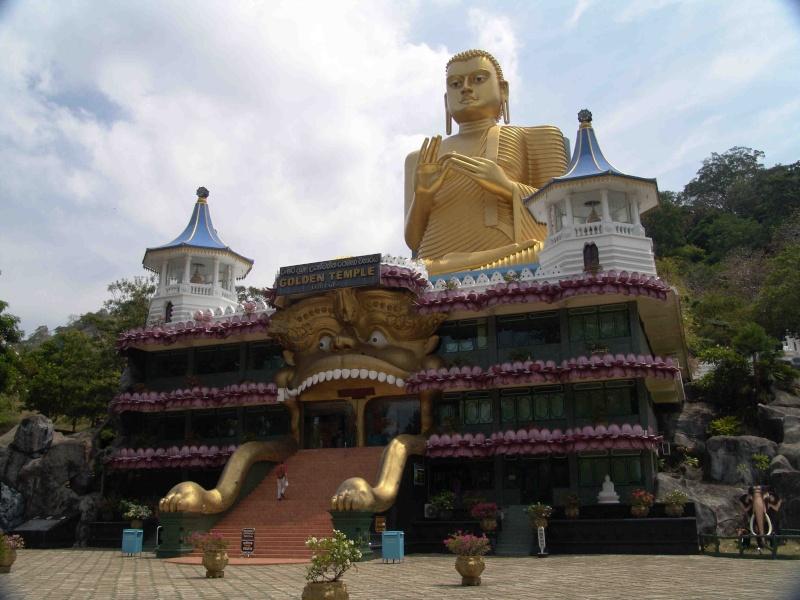 Les statues de Bouddha découvertes dans Google Earth - Page 7 79345110
