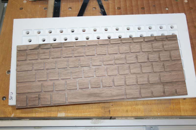 [Usinage CNC] - Claviers en bois Bloc_t10