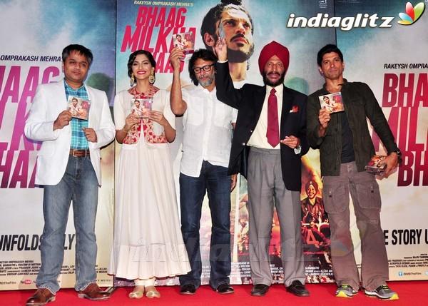 Launches 'Bhaag Milkha Bhaag' Trailer Bmb20210