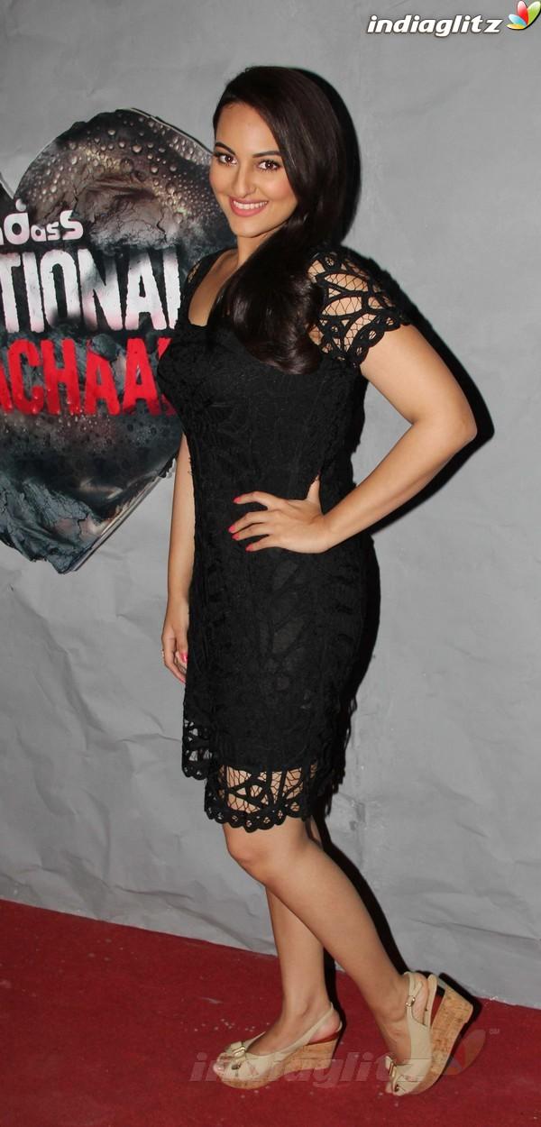 'Lootera' Cast On Sets Of Emotional Atyachaar Emot1914