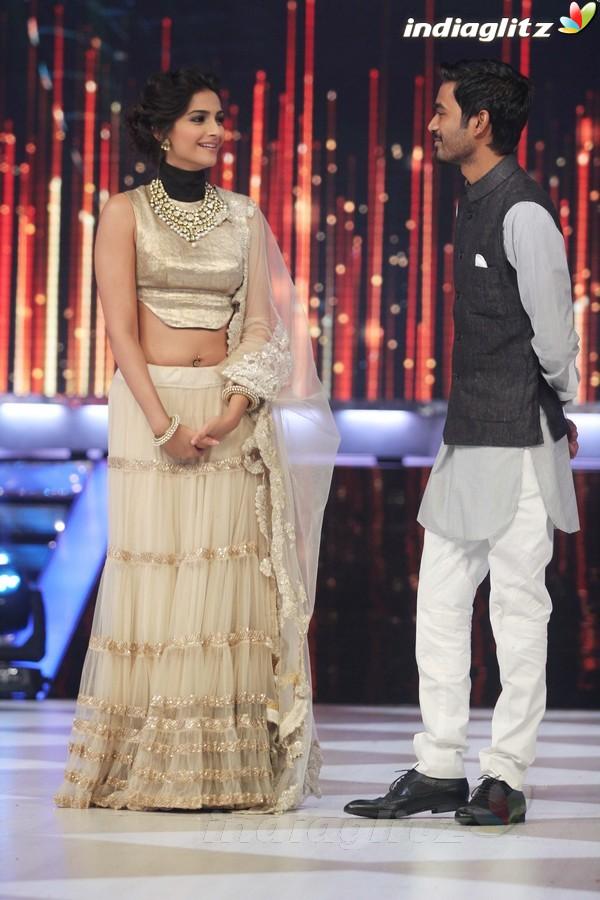 Dhanush, Sonam Grace Jhalak Dikhhla Jaa Rajh2010