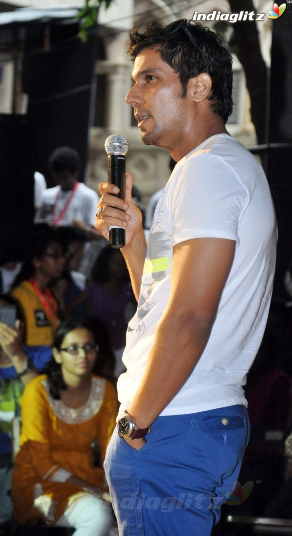 Randeep Hooda Promotes John Day@Malhar Festival Rdh18010