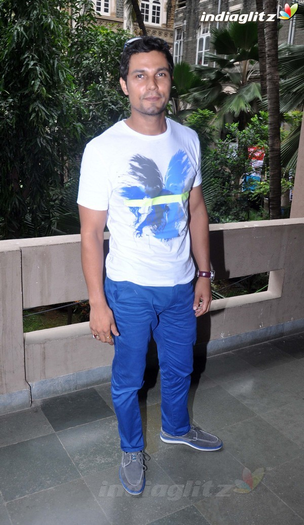 Randeep Hooda Promotes John Day@Malhar Festival Rdh18012