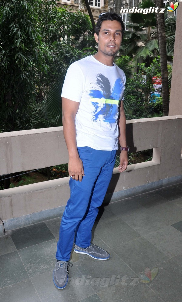 Randeep Hooda Promotes John Day@Malhar Festival Rdh18015