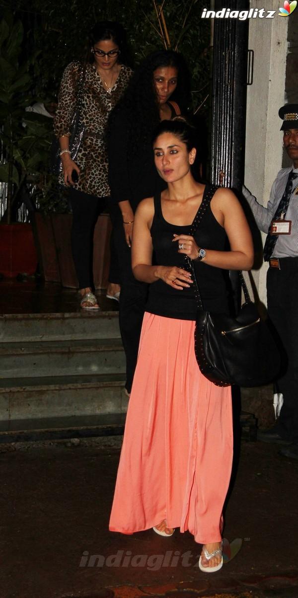 Kareena, Saif Dines With Alvira Khan Saif2012