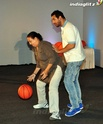 John Abraham Plays Basketball With Mom - Страница 2 1201510