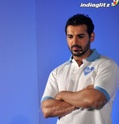 John Abraham Plays Basketball With Mom - Страница 2 John2014