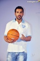John Abraham Plays Basketball With Mom - Страница 2 John2030