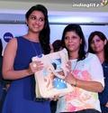 Parineeti Chopra Meets Winners of Nivea Contest Nivia219