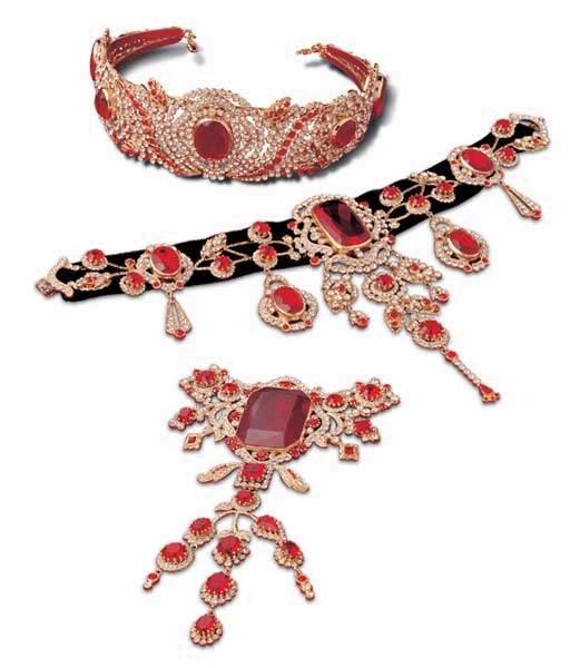 les bijoux de l'impératrice Sissi 001va510