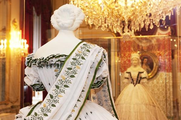 Les robes de l'impératrice Sissi 09110419