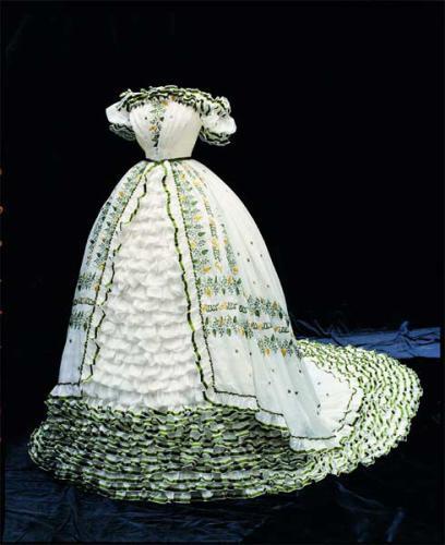Les robes de l'impératrice Sissi 09110421