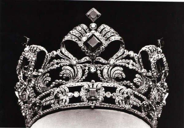 les bijoux de l'impératrice Sissi 16840010