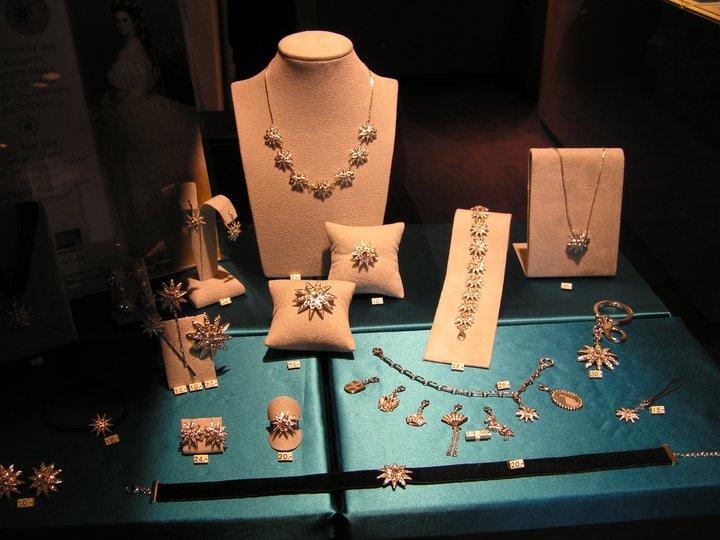 les bijoux de l'impératrice Sissi 26900310
