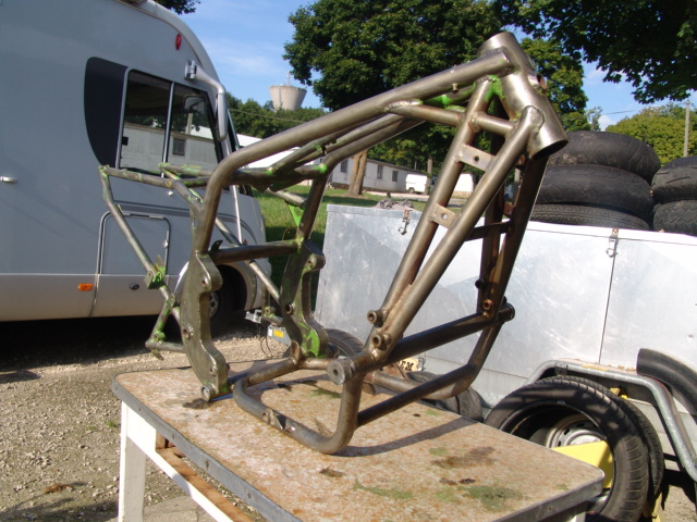 QUIZZ !!!!! chassis Dsc09416