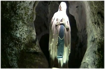 Sainte Fête de Notre-Dame* de Lourdes à tous!! Nd_de_10