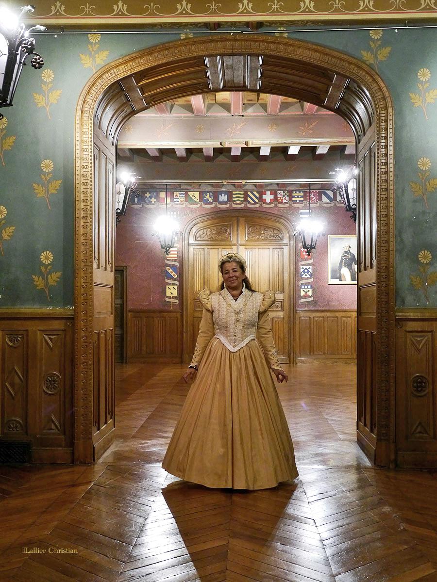 Bal Renaissance Chateau de  Courtanvaux le 20 Octobre 2012, les photos ! - Page 2 14720110