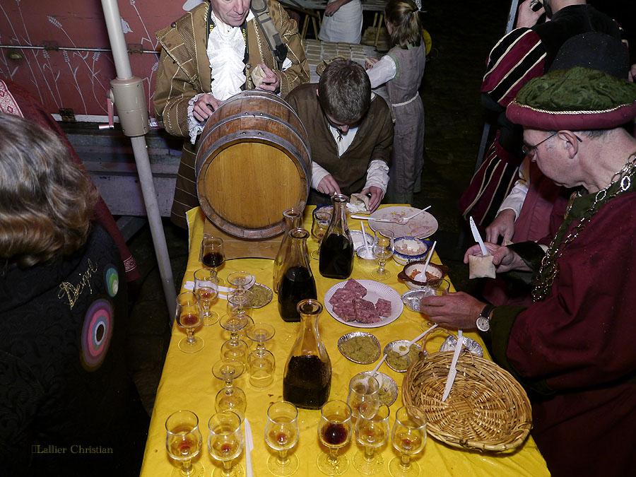 Bal Renaissance Chateau de  Courtanvaux le 20 Octobre 2012, les photos ! - Page 2 14720512