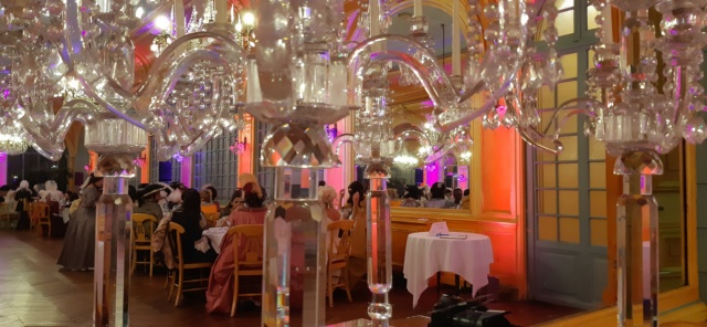 Les photos du Bal en costume XVIII eme siecle, 12 Octobre 2019 à l hôtel de France  - Page 3 20191022