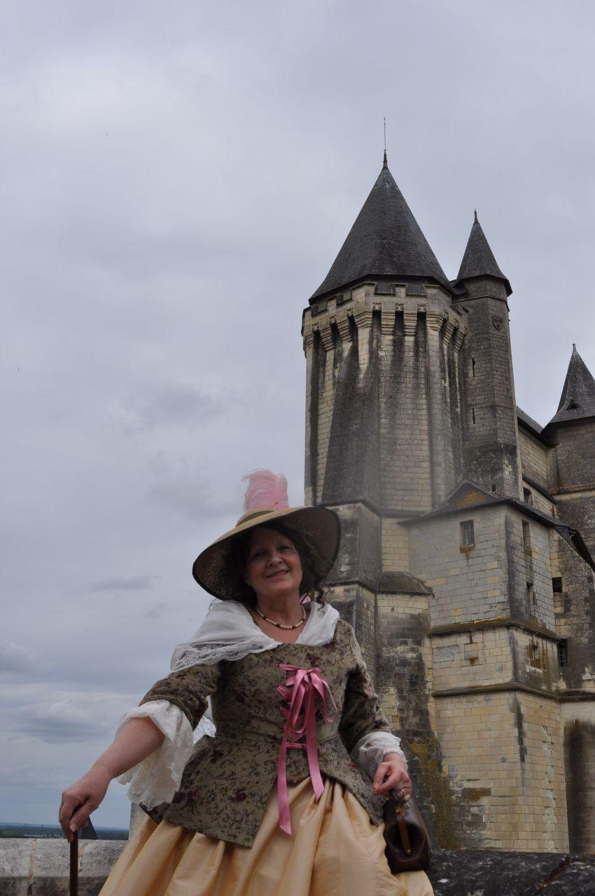 Weekend en costume à l'abbaye de Fontevraud 2010 46566111