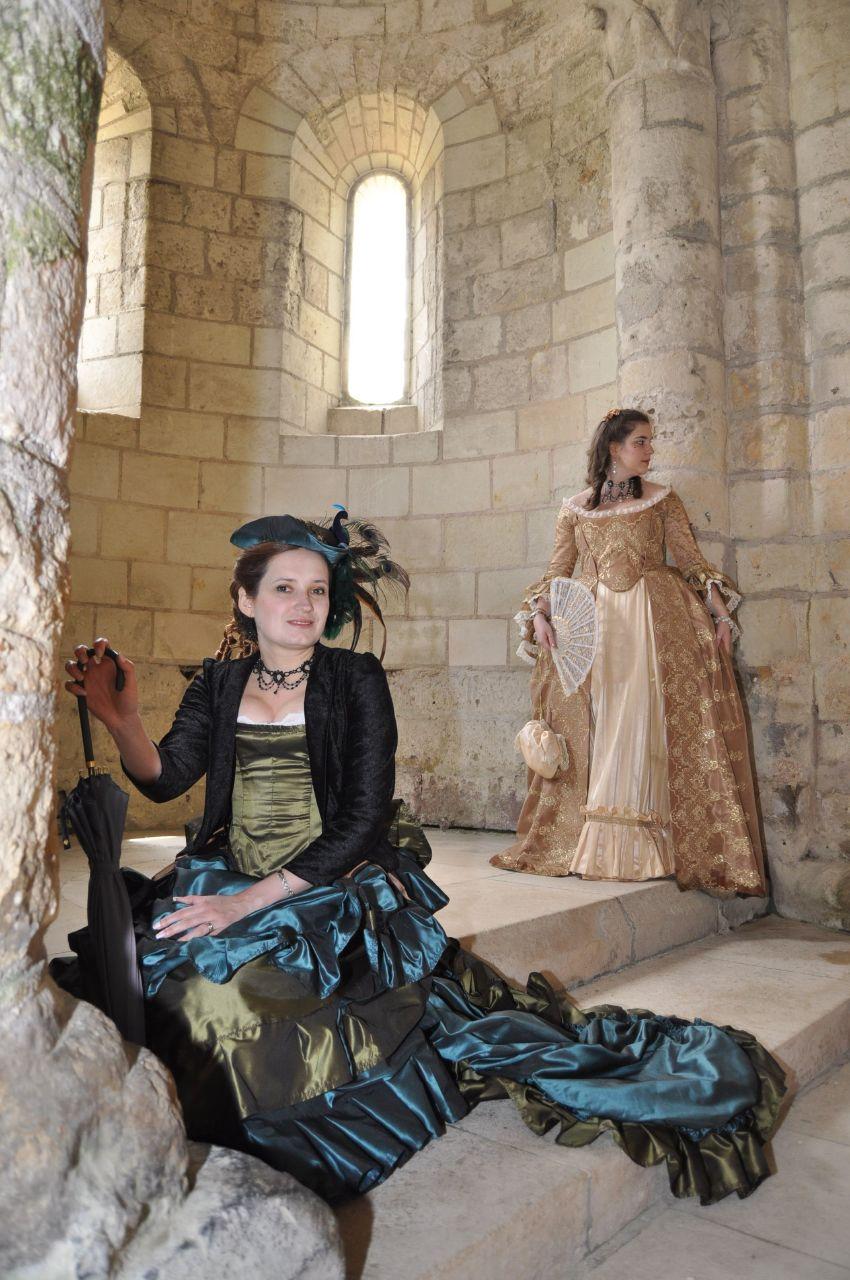 Weekend en costume à l'abbaye de Fontevraud 2010 46611410