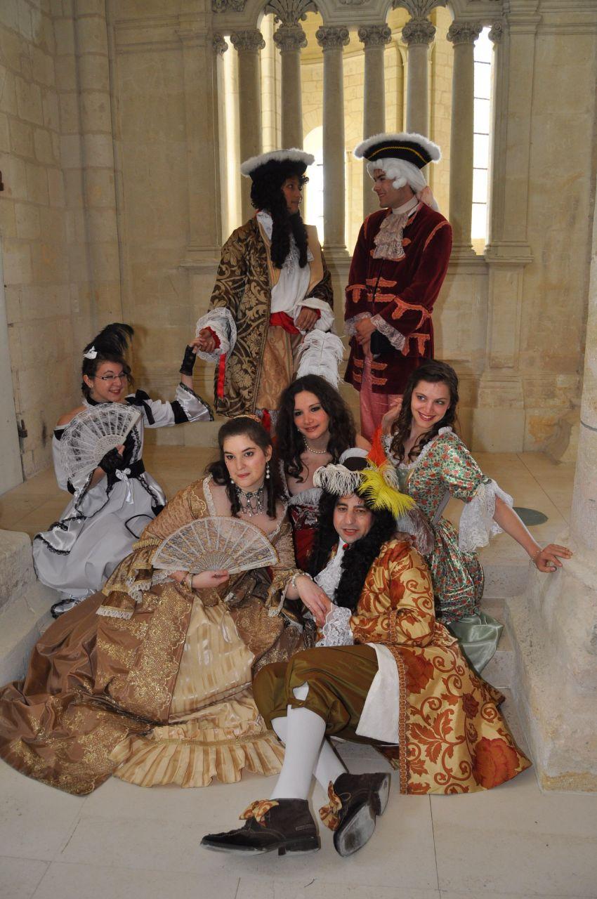 Weekend en costume à l'abbaye de Fontevraud 2010 46656310