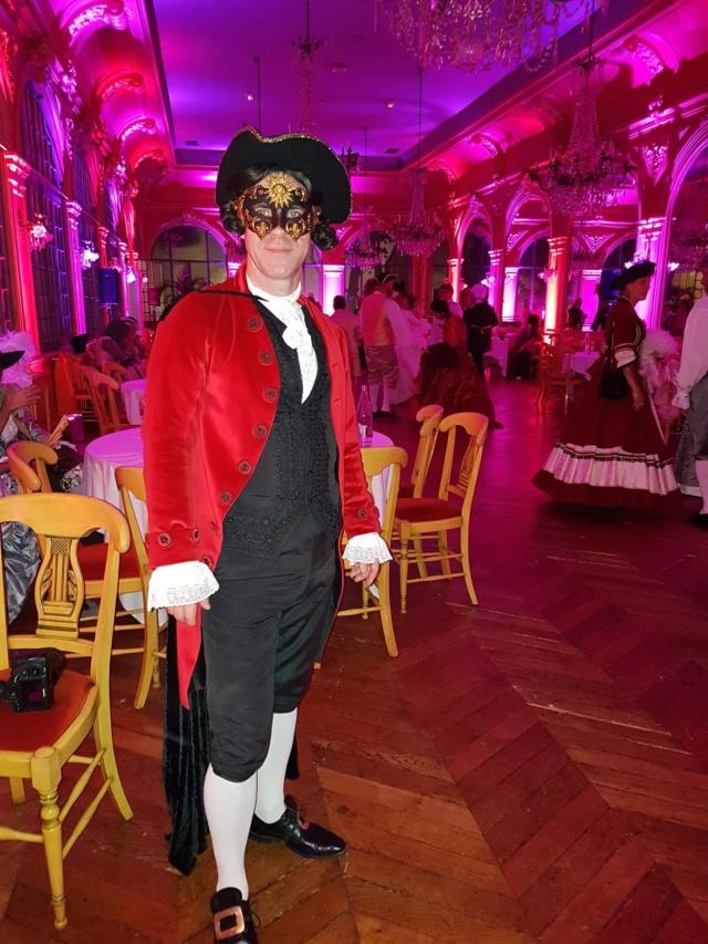 Les photos du Bal en costume XVIII eme siecle, 12 Octobre 2019 à l hôtel de France  - Page 3 71763410