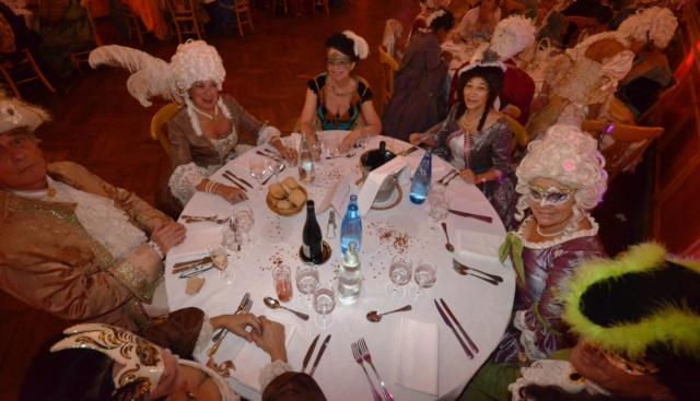 Les photos du Bal en costume XVIII eme siecle, 12 Octobre 2019 à l hôtel de France  - Page 3 72416610
