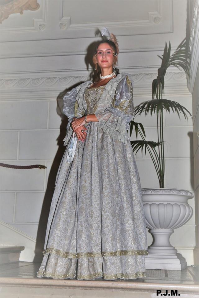 Les photos du Bal en costume XVIII eme siecle, 12 Octobre 2019 à l hôtel de France  - Page 3 72839711