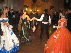 Le bal de Versailles 2005, Hotel de ville Blog910