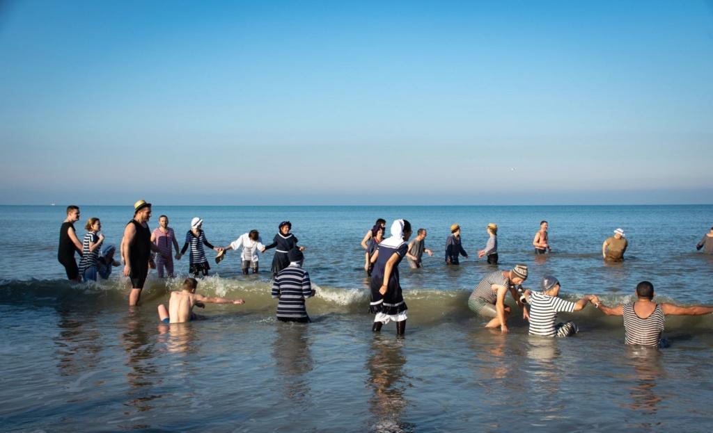 Dernier bain de l'année 2019, le 31 Décembre à Cabourg  C1ca4310