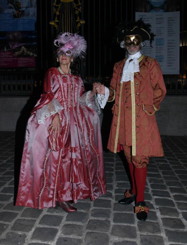 Les photos du Bal en costume XVIII eme siecle, 12 Octobre 2019 à l hôtel de France  - Page 3 Dsc_9212