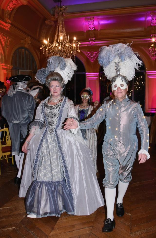 Les photos du Bal en costume XVIII eme siecle, 12 Octobre 2019 à l hôtel de France  - Page 3 Dsc_9312