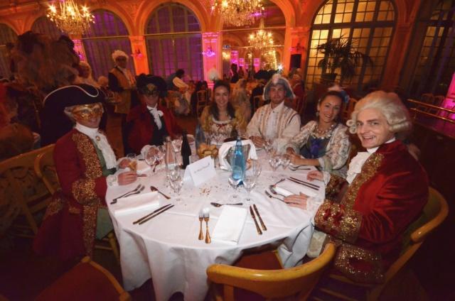 Les photos du Bal en costume XVIII eme siecle, 12 Octobre 2019 à l hôtel de France  - Page 3 Dsc_9422