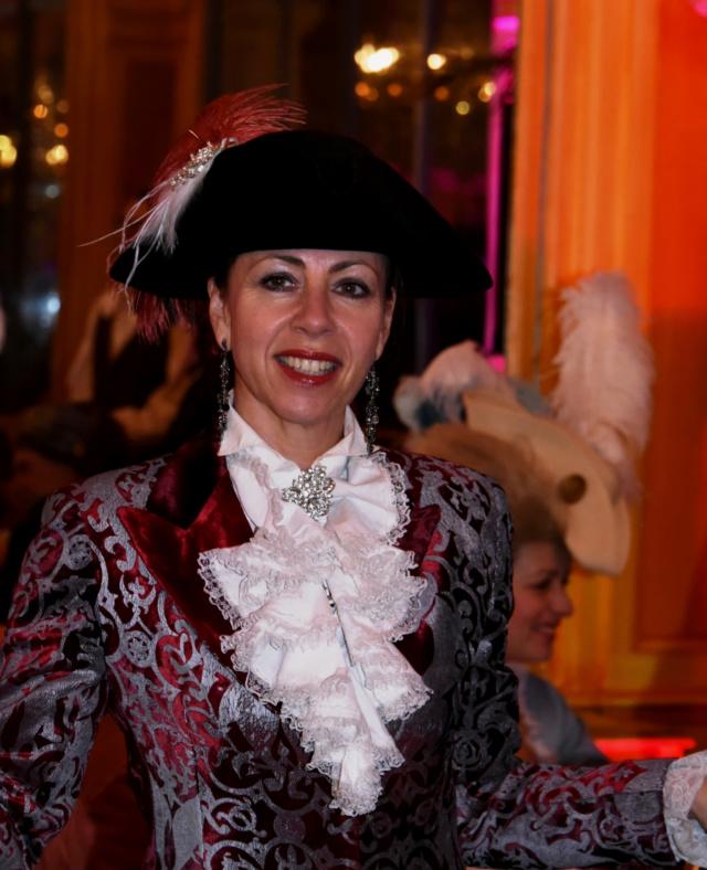 Les photos du Bal en costume XVIII eme siecle, 12 Octobre 2019 à l hôtel de France  - Page 3 Dsc_9426