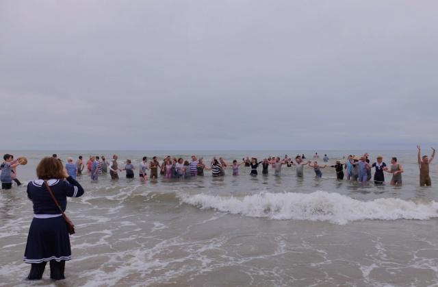 Dernier bain de l'année 31 /12/ 2018  à Cabourg et les  Photos Fuji3113