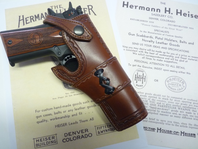 "HOLSTER  type ""HEISER"" by La SELLERIE P1110826"