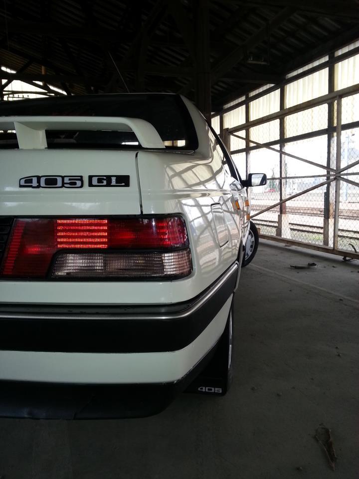 [GL + Husky-28] Peugeot 405 GL et Husky et autre discussion Img21511