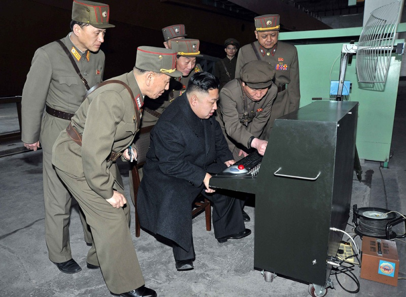 """Pyongyang menace d'une frappe nucléaire """"préventive"""" - Page 3 Cc773210"""