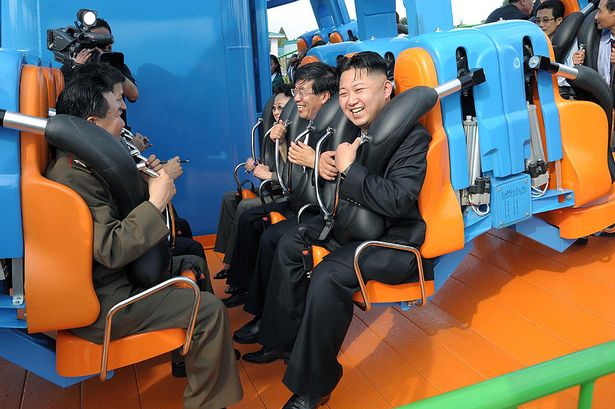 """Pyongyang menace d'une frappe nucléaire """"préventive"""" - Page 5 Kim_jo12"""