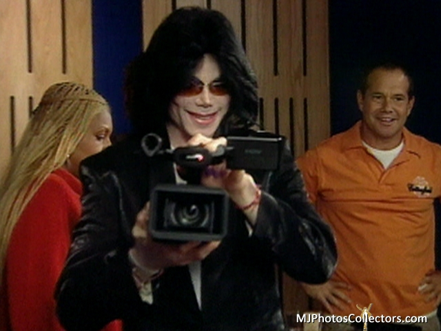 """Immagini era """"THIS IS IT"""" - Pagina 21 Mike-a11"""