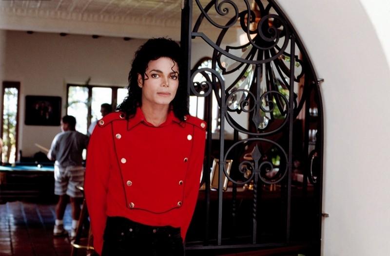 The Jacksons - 2300 Jackson Street  (1989) 80010