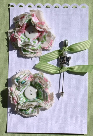Fabric Flowers with Stick Pins Pictur14
