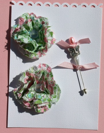 Fabric Flowers with Stick Pins Pictur17