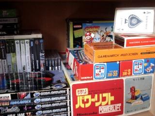 Ma p'tite collec Game Boy / Nintendo / SNK / ARCADE.. [MAJ mai 2013] - Page 4 Dsc05912
