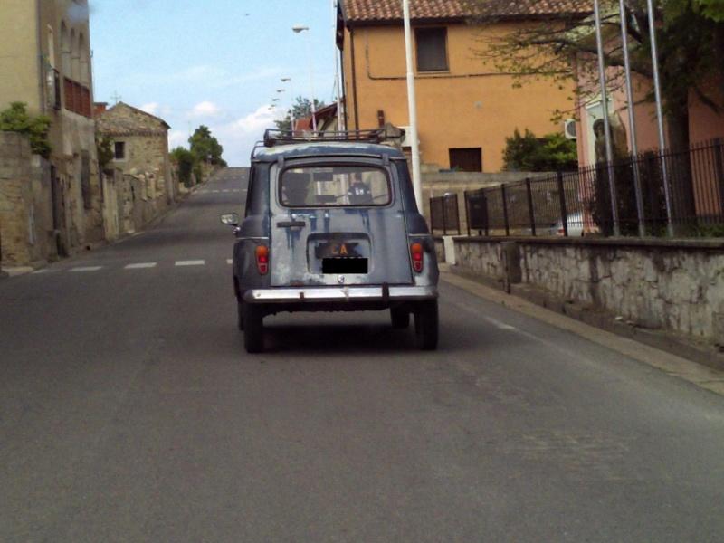 Avvistamenti Auto Storiche (24.2.10//22.4.11) - Pagina 2 Pict0n11
