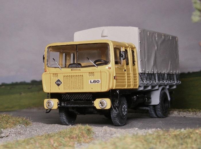 Funktionsmuster, Versuchsfahrzeuge und Prototypen 110